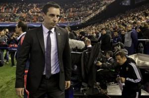 Neville Diturunkan Dari Kursi Kepelatihan