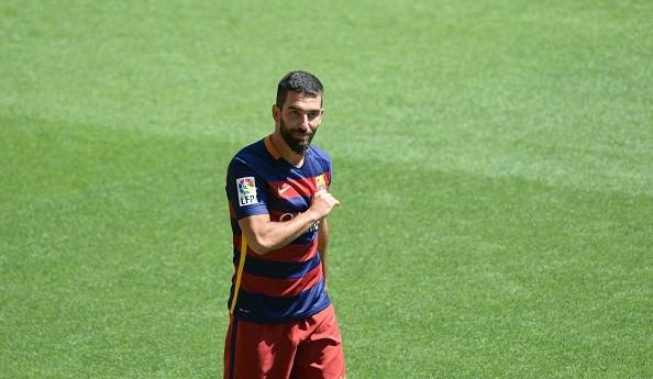 Turan Masih Ingin Menetap Di Camp Nou