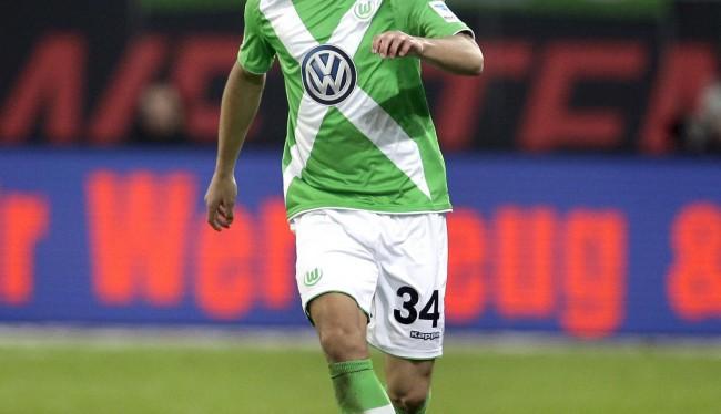 Chelsea Siapkan Dana Untuk Bek Sayap Wolfsburg