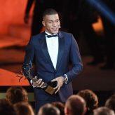 Mbappe Sangat Bersyukur kepada PSG & Timnas Prancis Karena Ia Berhasil Menjadi Pemain Muda Terbaik