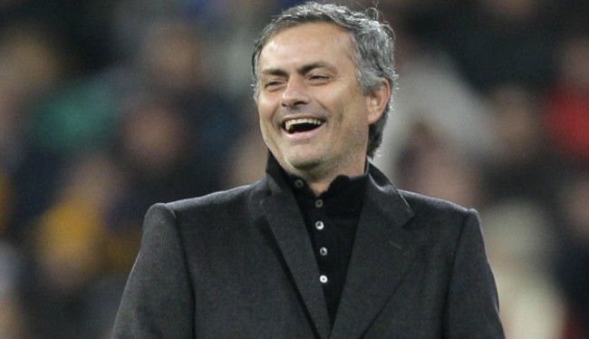 Mourinho Merasa Terlalu Muda Untuk Pensiun